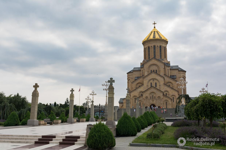 Katedra Trójcy Świętej w Tibilisi.